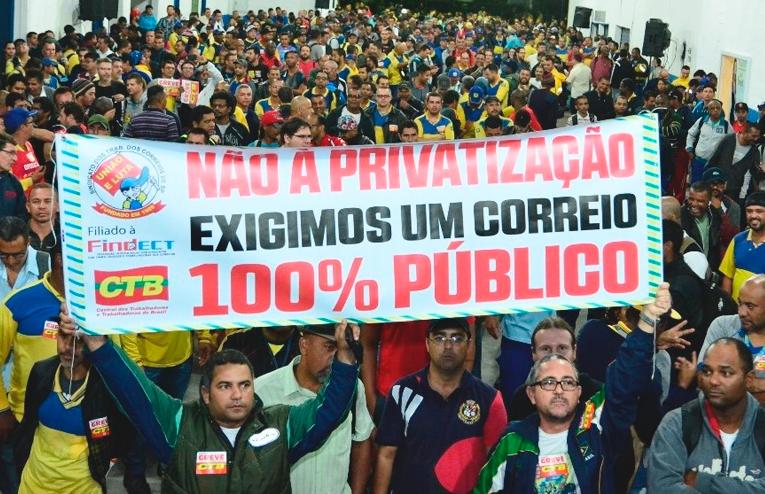 Maioria rejeita privatização da Petrobras e dos Correios, diz pesquisa