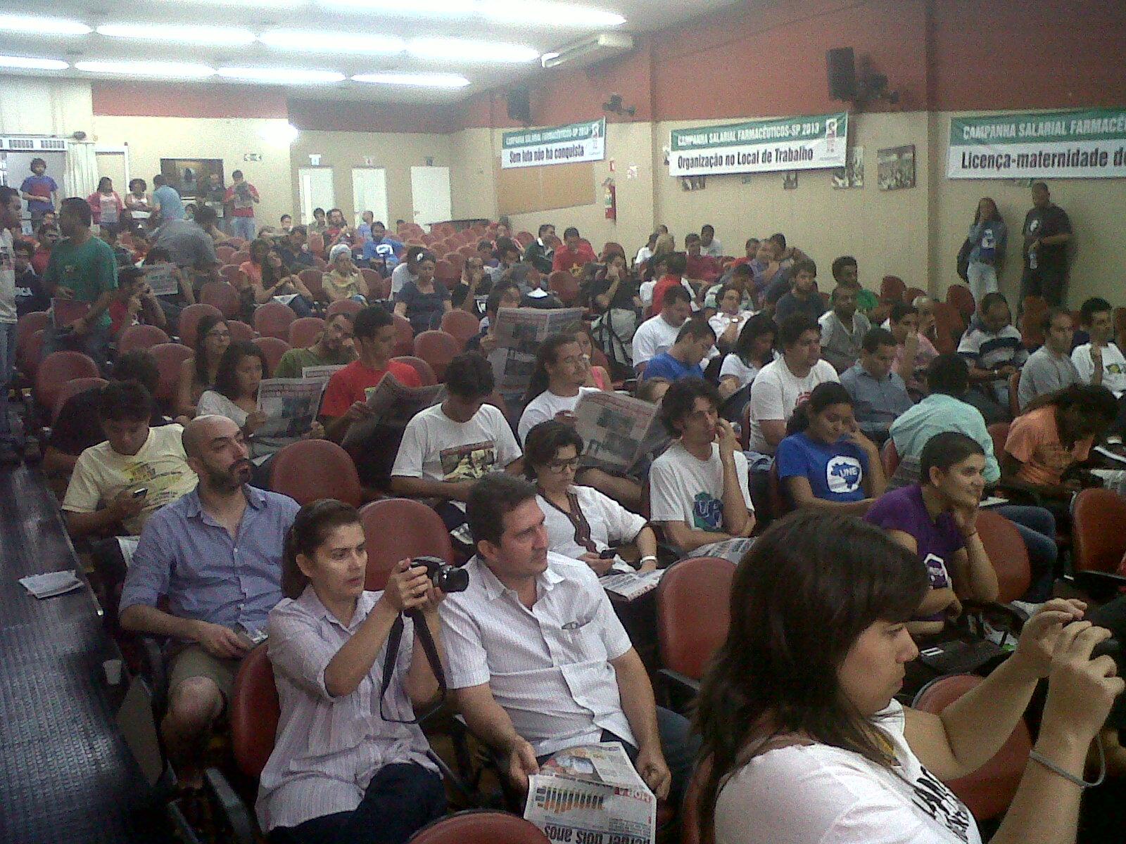 plenaria juventude plateia