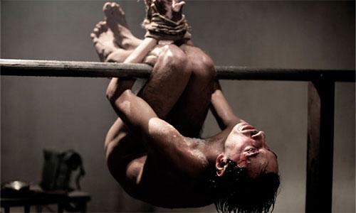 Pau-de-arara. Um dos mais cruéis tipos de tortura utilizado pela ditadura militar no Brasil (Foto: Ilustração)