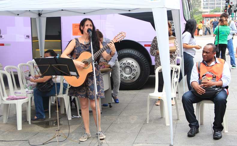 leticia lener cantora ato mulheres sp