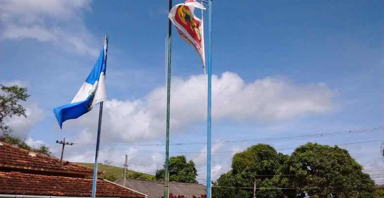 Bandeira ctb mastro colonia comerciarios rj 2016 11 19