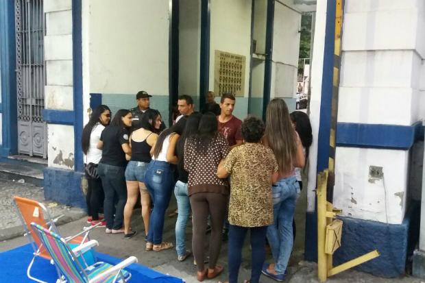 agencia folha mulheres pms rio
