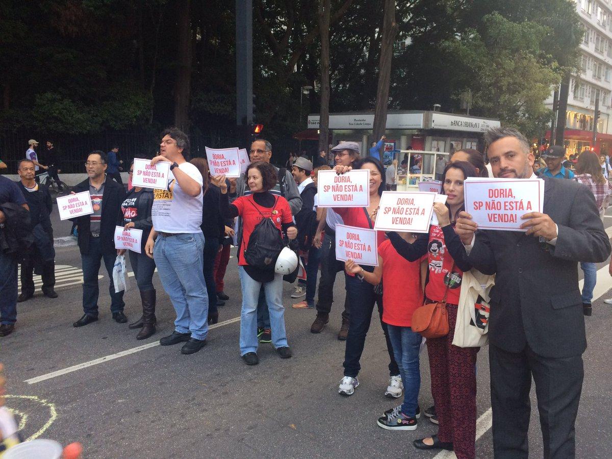 protestocontradoria.jpg