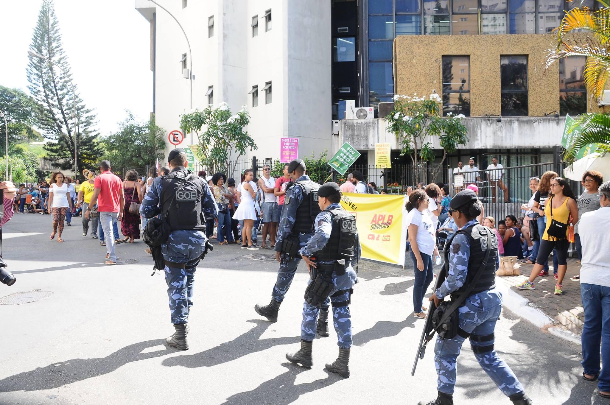 aplb sindicato greve professores salvador repressao