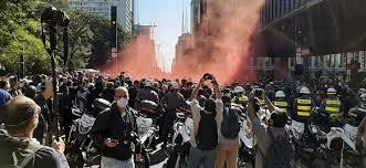 PM reprime ato de torcidas organizadas por democracia em SP ...
