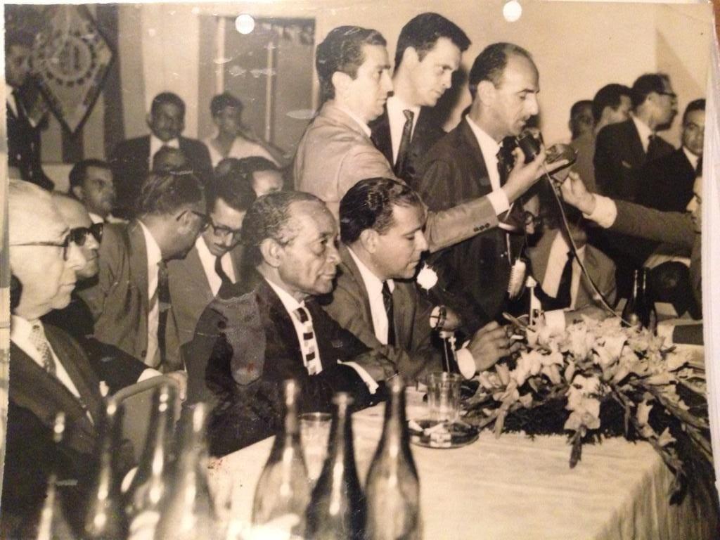 O atributo alt desta imagem está vazio. O nome do arquivo é Riani-Jango-na-posse-de-Clodesmidt-Riani-na-presidencia-da-CNTI-em-1962.-Foto-Instituto-Joao-Goulart.jpg